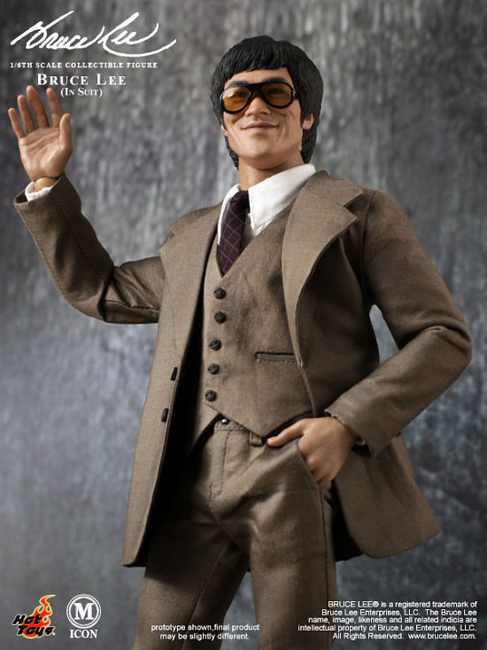 Hot Toys Bruce Lee in Suit 1/6th Figure