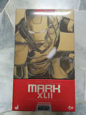 Hot Toys Iron Man type 42 diecast